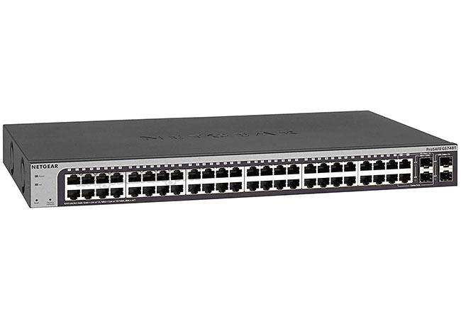 Switch NetGear GS748T